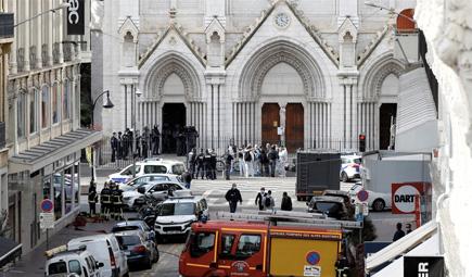 佛 니스에서 또 흉기 테러… 3명 사망, 1명은 참수