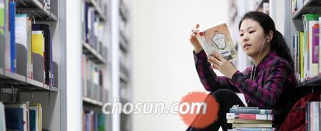 '101 파워클래식'은 독자들과 함께 읽는 고전 읽기. 단순히 교양의 함양으로 끝나는 것이 아니라 우리 마음을 스스로 가다듬는 성찰의 계기로 삼아보자는 취지다. /이태경 기자 ecaro@chosun.com