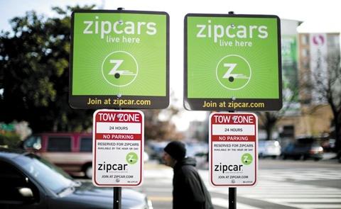 시내 곳곳에 배치된 자동차를 시간 단위로 빌려 쓸 수 있는 서비스인 집카(Zipcar). 월·연회비를 낸 사용자는 바로 주차장에서 차를 골라 탈 수 있다.