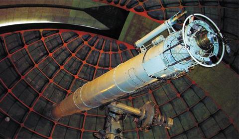 우종학 교수 연구팀이 원격 관측에 사용하고 있는 미국 캘리포니아주 릭 천문대의 망원경.