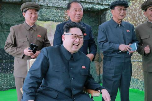 지난 3일 6차 핵실험 과정을 참관 중인 북한 김정은 노동당 위원장./뉴시스