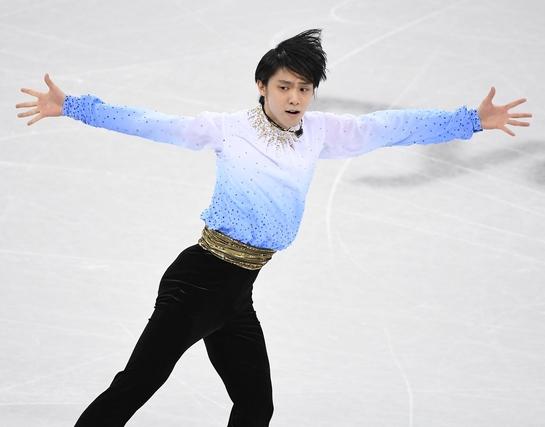평창 동계올림픽 남자 피겨스케이팅 쇼트 프로그램 경기가 16일 강릉 아이스 아레나에서 열렸다. 일본 하뉴 유즈루가 연기를 펼치고 있다. /스포츠조선