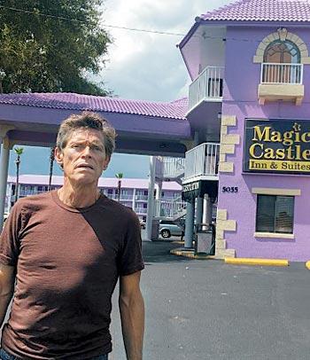 영화'플로리다 프로젝트'에 출연한 윌럼 더포.