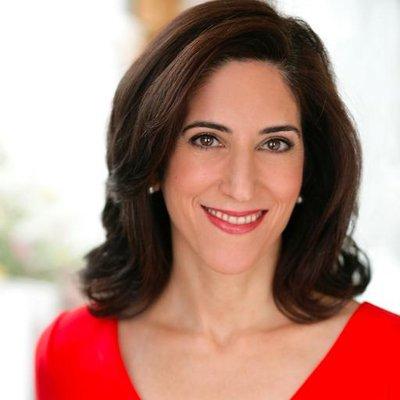 파이낸셜 타임스 부주필이자 CNN의 글로벌 경제 애널리스트로 활동 중인 라나 포루하(Rana Foroohar)./라나 포루하.