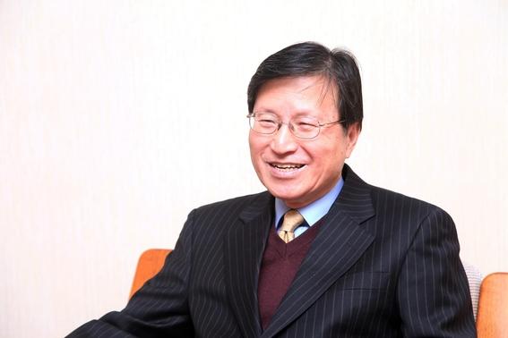 이서항 한국해양전략연구소장이 22일 서울 서교동 한국해양전략연구소에서 진행된 본지와의 인터뷰에서 질문에 답하고 있다. /윤희훈 기자