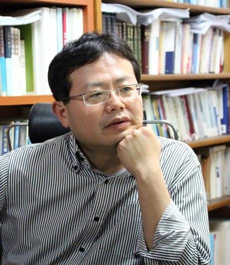 이지수 명지대 교수가 29일 서울 명지대 본관에서 본지와 인터뷰를 진행하고 있다./변지희 기자
