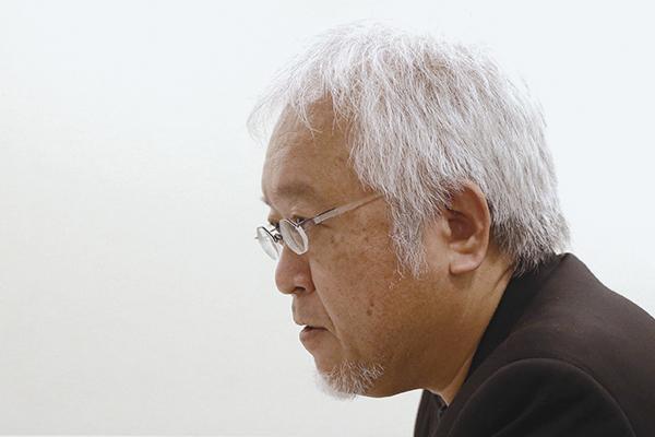 디자인은 인간과 환경이 합리적인 관계를 맺도록 돕는 감각적인 교양이라고 말하는 일본 디자인계의 거장, 하라 켄야(原研哉). 무사시노 미술대학 교수. 서울디자인재단이 주최한 '하우스비전'의 창시자로 내한했다./이진한 기자