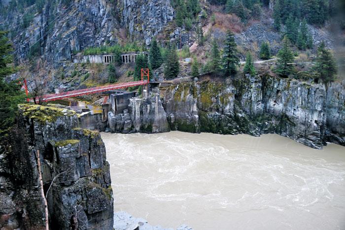 프레이저강의 폭이 가장 좁아지는 지점인'지옥의 관문'.