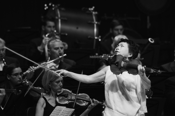 """""""바이올린은 휴먼 보이스예요."""""""