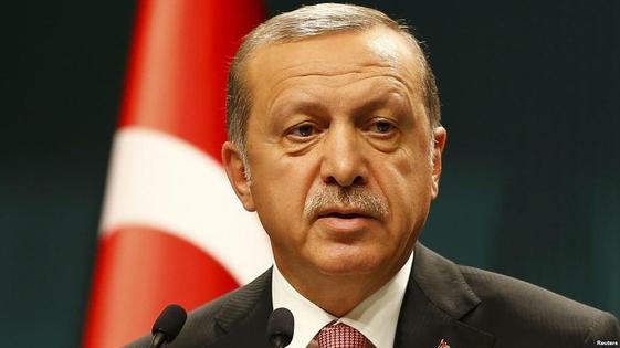 지난 15년간 집권해온 레제프 타이이프 에르도안 터키 대통령이 24일(현지 시각) 대선에서 승리하면서 '21세기 술탄'에 등극했다. /연합뉴스