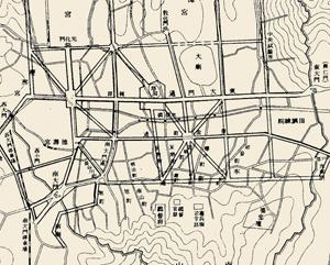 조선총독부 1912년 11월 6일자 관보. 황금정통(현 을지로)에 방사형 로터리를 만들고 창덕궁 돈화문에서 남산 헌병대사령부까지 직선 도로를 만들겠다고 돼 있다.
