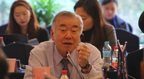 문정인 대통령 통일외교안보 특보는 8일 베이징에서 열린 한중 전략대화에서 김정일 북한 국무위원장의 연내 답방 가능성은 여전히 있다고 말했다. /연합뉴스