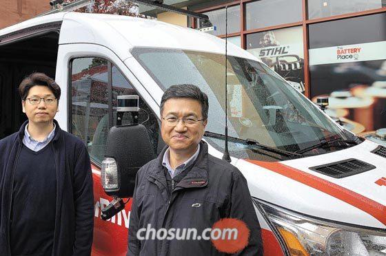 자율주행 스타트업 토르드라이브를 창업한 서울대 전기정보공학부 서승우(오른쪽) 교수와 제자 계동경 대표.