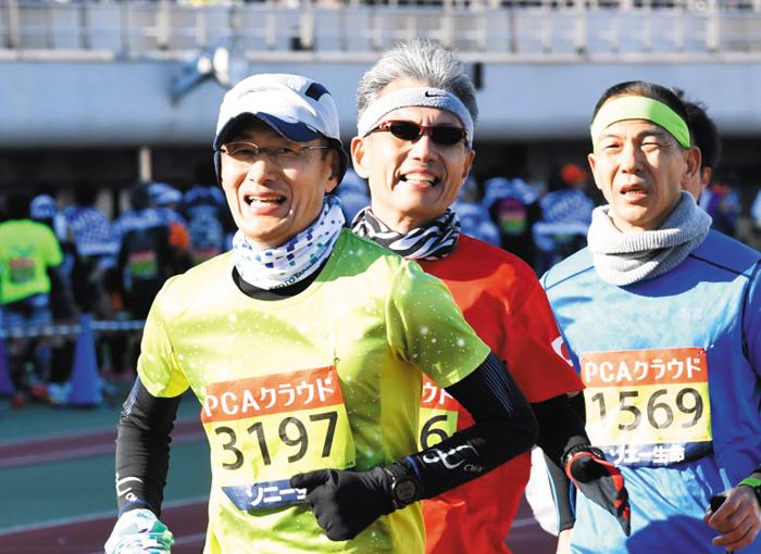 """""""국민의 지원이 필요합니다"""" 마라톤 뛰는 야마나카 소장"""