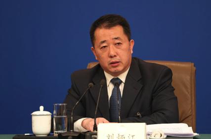 중국 관영 신화통신은 지난 5일 류빙장 생태환경부 대기환경관리국장이 기자회견에서  베이징의 미세먼지 감축을 두고 기적이라고 자평했다고 전했다. /신화망