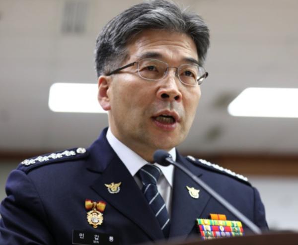 민갑룡 경찰청장이 지난해 11월 19일 기자간담회에서 발언하고 있다. /조선일보DB