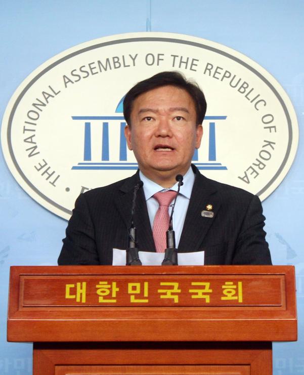 자유한국당 민경욱 대변인. /민경욱 의원 페이스북