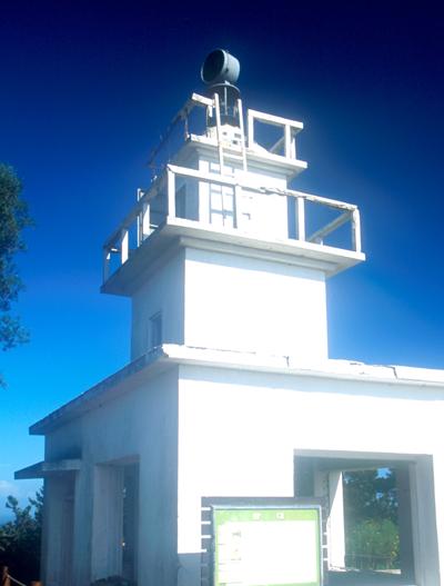 연평도에 설치된 등대 전경.