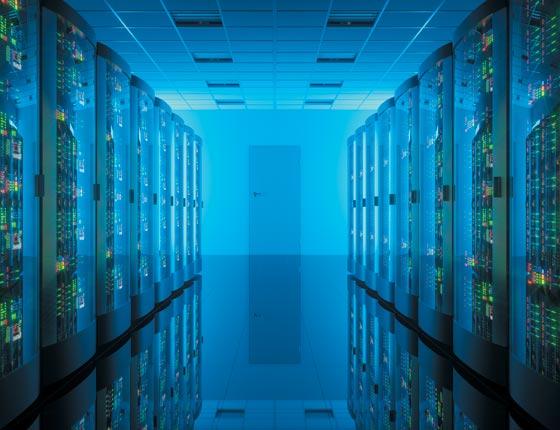 데이터를 저장하는 대형컴퓨터들이 모여있는 데이터센터 내부 모습.