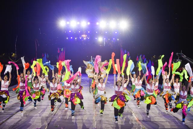 ◇'아시아의 리우'로 발돋움하고 있는 원주다이내믹댄싱카니발이 오는 9월 행사를 앞두고 참가팀 접수를 진행하고 있다. 사진제공=원주문화재단