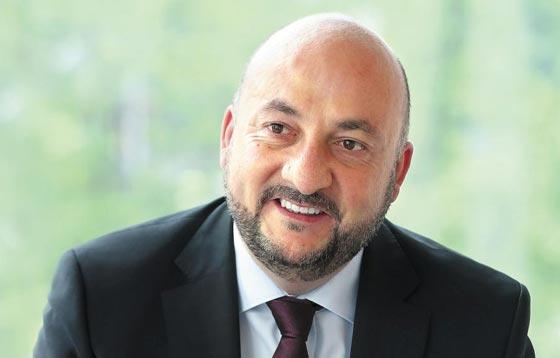 에티엔 슈나이더 룩셈부르크 부총리 겸 경제부 장관