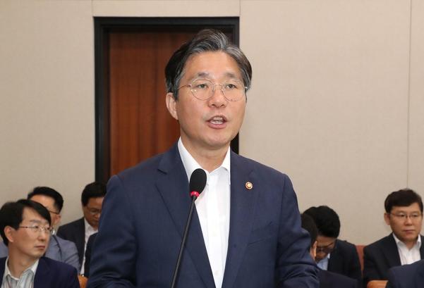 성윤모 산업통상자원부 장관/연합뉴스
