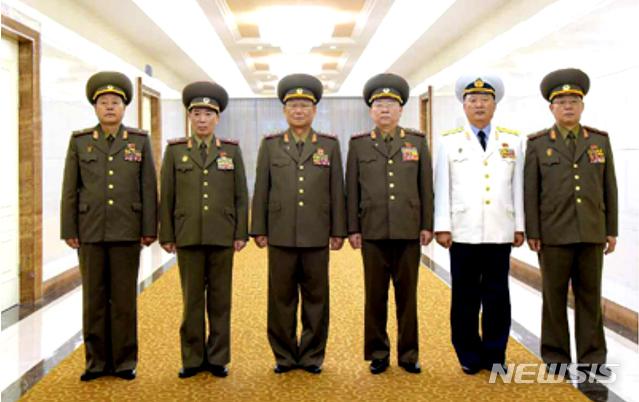 김수길 총정치국장 등 북한 군사대표단, 중화인민공화국 방문