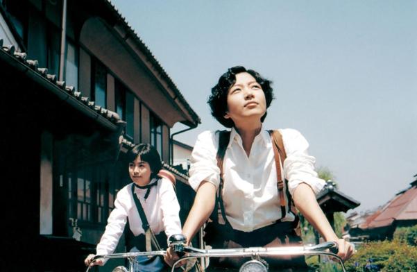 장진영이 출연한 영화 '청연'의 한 장면. 지춘희는 '그대 안의 블루(1993년)'로 대종상 의상상을 받기도 했다.