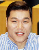 농구 선수 출신 방송인 서장훈