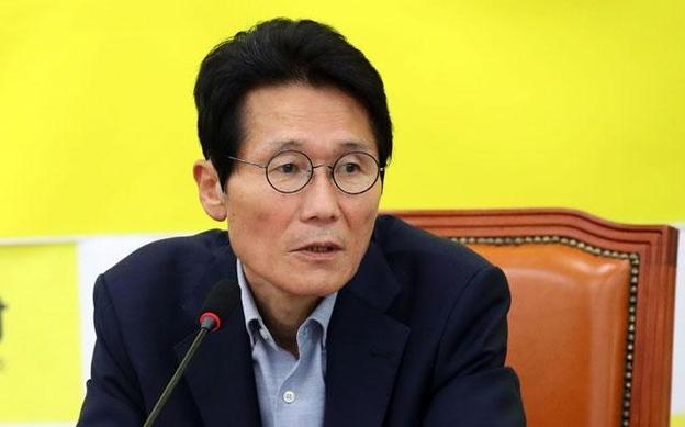 정의당 윤소하 원내대표. /연합뉴스