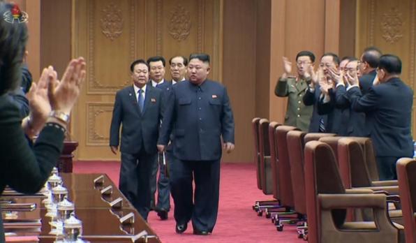 김정은 북한 국무위원장이 지난 4월 12일 열린 최고인민회의 제14기 제1차회의에 참석하고 있다./연합뉴스·조선중앙TV