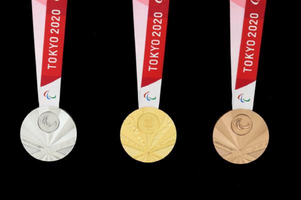 욱일기를 연상케하는 디자인으로 논란이 되고 있는 도쿄패럴림픽 메달/조선DB