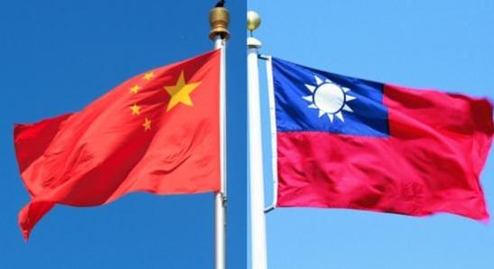 중국 국기(왼쪽)와 대만 국기. /조선DB·대만외교부