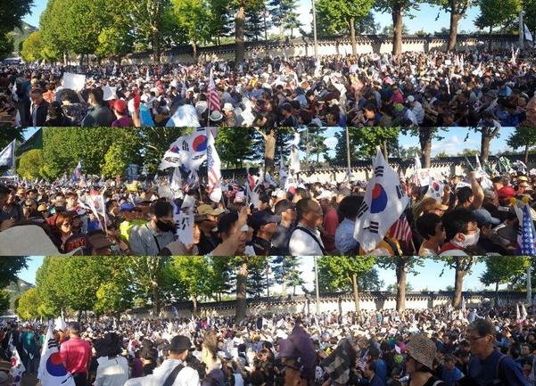 3일 조국 사퇴 집회에 모인 수많은 인파가 청와대 쪽으로 행진하고 있다. / 최지희 기자