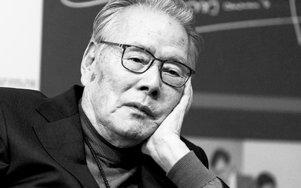 1982년, 이어령은 일본인을 '축소지향의 일본인'이라고 명명하며, 섬나라 사람들에게 정체성의 경종을 울렸다. 그 책은 일본에서 출간 5개월 만에 12만 부가 판매되었다./사진=김지호 기자
