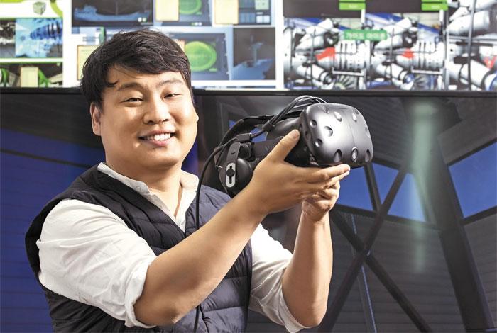 서정호 빅스스프링트리 대표는 항공정비 경험을 살려 창업에 나섰다. 특히 중소기업에서 기술자가 이탈하면 핵심기술도 실전(失傳)되는 일을 방지하기 위해 중장비 정비 교육용 VR·AR 직업훈련 설루션을 개발했다.