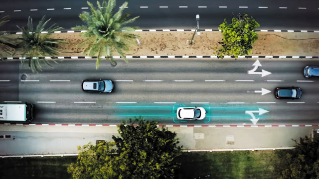 이스라엘 스타트업 일렉트론이 텔아비브 도심에 구축 예정인 무선 충전 도로 예상도.