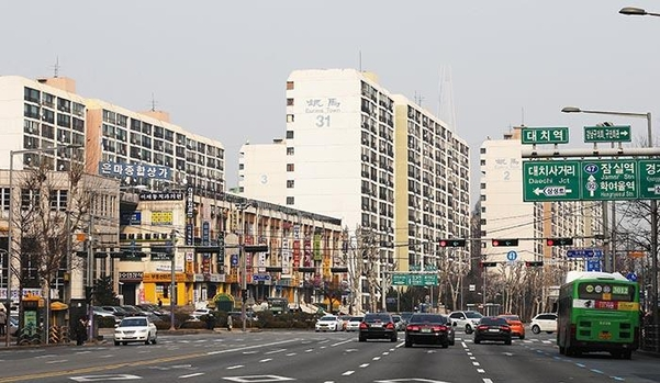 서울 대표 재건축 단지인 강남구 대치동 은마아파트. /조선일보DB