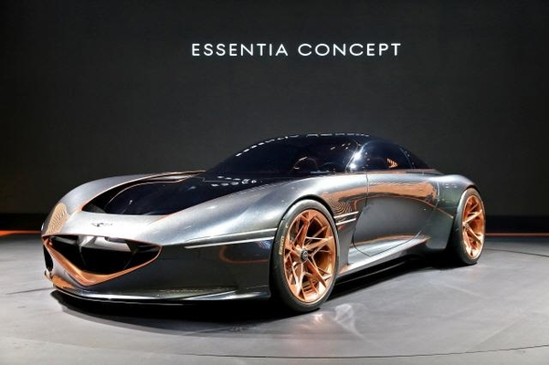 현대차그룹의 고급 브랜드인 제네시스가 선보인 전기차 콘셉트카 '에센시아'/현대차 제공