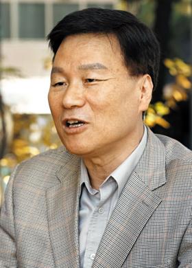 """부동산 투자 전문가인 김동우씨는 """"부동산 투자란 한마디로 국가와 동업하는 것""""이라고 말한다."""