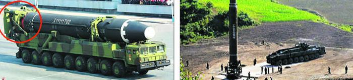 북한 화성-15형 ICBM이 지상 발사용 거치대(붉은 원)와 함께 이동식 발사대(발사 차량)에 실려 2018년 2월 열병식에 등장한 모습(왼쪽)과, 2017년 화성-14형 ICBM이 거치대와 함께 수직으로 세워진 뒤 이동식 발사대와 분리돼 있는 모습(오른쪽).