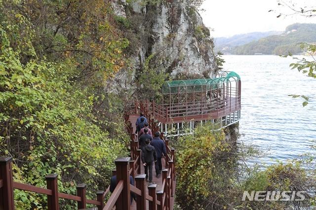 가평군, 북한강 위 로드길 '신선봉 순환 등산로' 완공