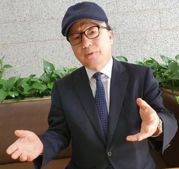 구종상 전 BCM 집행위원장이  'BCM이야기'  주요 내용에 대해 설명하고 있다.