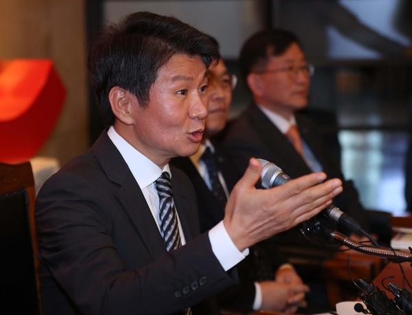 정몽규 '아시아나, 최고 경쟁력 갖추도록 지원…HDC는 모빌리티 기업으로 도약'
