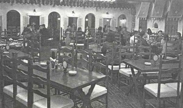 1971년 백화점 식당1호로 문을 열었던 까사빠보의 당시 모습. /신세계백화점 제공