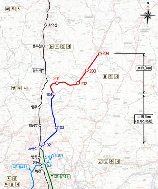 경기북부지역으로 확장 연장 사업이 추진 중인 7호선의 1~2구간 개요 지도. 파란색 선이 1구간, 빨간선이 2구간이다. 1구간은 2024년 완공을 위해 다음달부터 본격 공사에 들어간다. 2구간은 정부가 사업성 검토를 진행중이며 기본계획 수립 작업에 들어갔다. 2027년 완공을 목표로한다. /포천시 제공