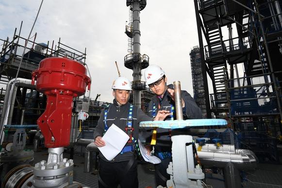 SK에너지가 울산CLX 내 8만3800㎡(2만5000평) 부지에 1조원을 투자해 건설 중인 VRDS 공사 현장./SK에너지 제공