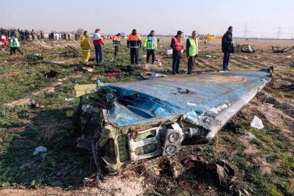 8일(현지 시각) 사고가 발생한 우크라이나 항공 소속 보잉 737-800여객기의 모습. /연합뉴스