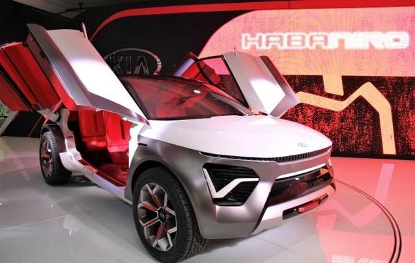 기아차가 지난해 4월 뉴욕모터쇼에서 공개한 크로스오버 전기차 콘셉트카 '하바니로'/기아차 제공