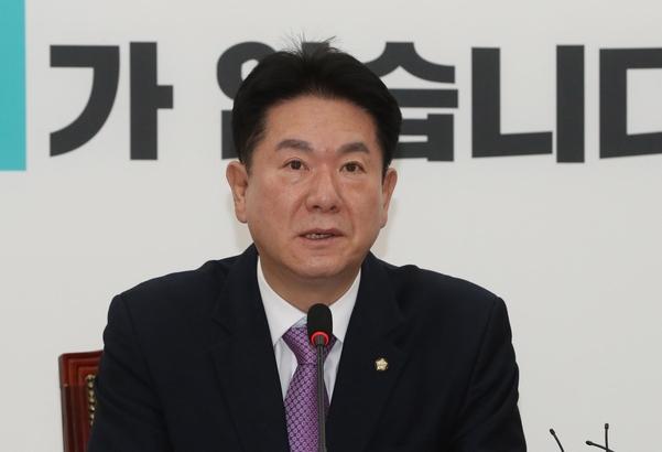 바른미래당 이동섭 원내대표 권한대행./연합뉴스